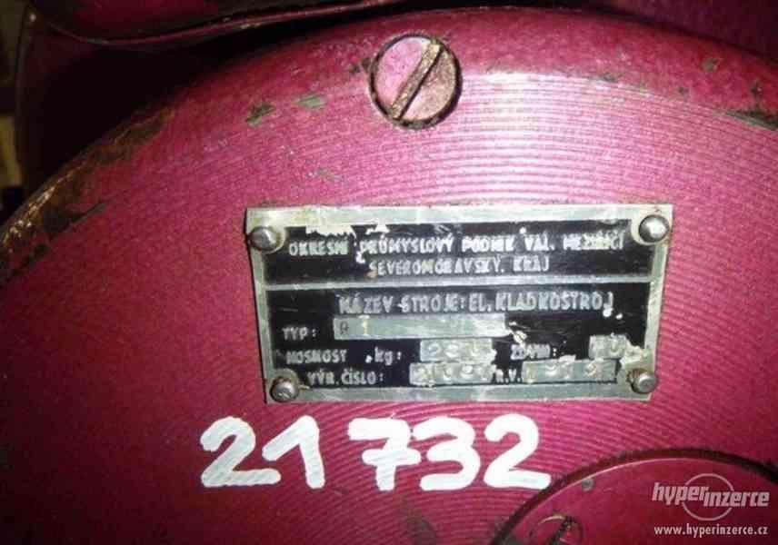 Elektrický kladkostroj - nosnost 250 kg (13388.) - foto 5